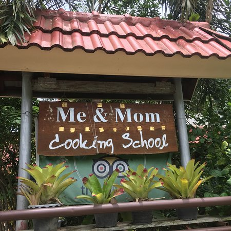 Me and Mom Cooking School