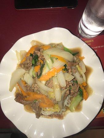 Stir-Fried Noodles w/ Beef