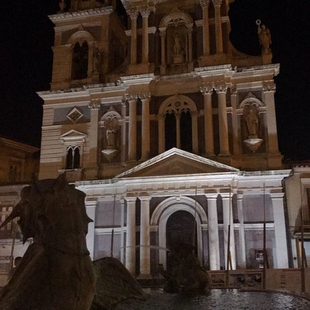 Piazza Garibaldi照片