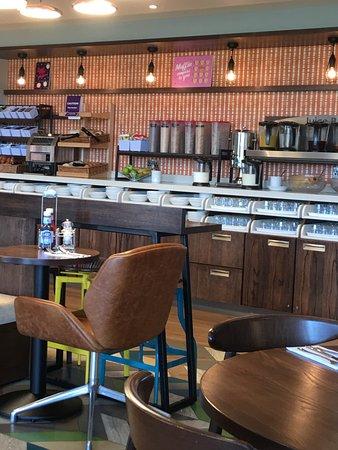 Premier Inn Livingston Bathgate Hotel Scotland Reviews Photos Rate Comparison Tripadvisor