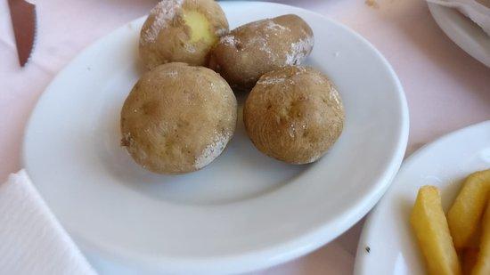 Restaurant Casa Pepe - Playa Arena Tenerife: Canarian potatoes