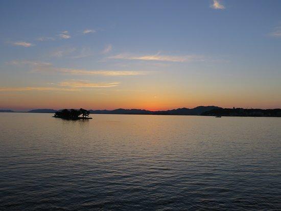 Shimane Prefecture, Japan: この日の日没19時26分。。。夏至近くでした。