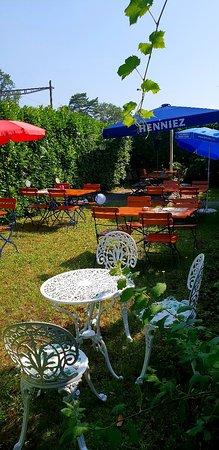 Faoug, Switzerland: agrandissement de notre terrasse