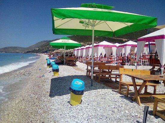 Ferrari Beach: Enjoy the vacation in Ferrarri Beach 😀😀😀😀