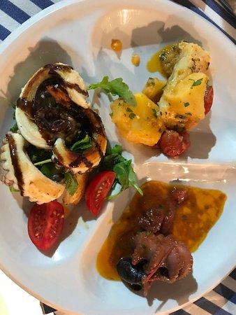 Il veliero Atrani: Antipasti of Grilled Octopus, Baby Octopus, Bacalau- SOOOOO good!!