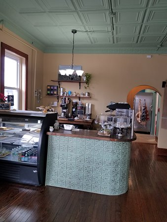 Verona, NJ: Coffee counter