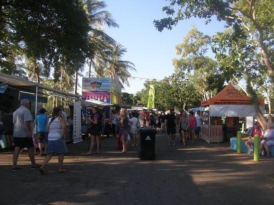 Mindil Beach Markets: MINDIL MARKETS - FOOD ALLEY