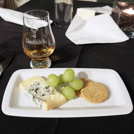 Alchemy Restaurant: Cheese course to round off an excellent meal