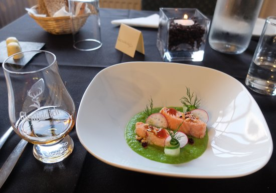 Alchemy Restaurant: Fabulous poached Scottish salmon starter
