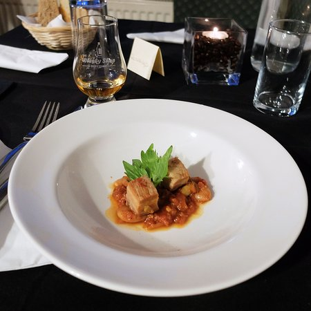 Alchemy Restaurant: Pork belly with Smoked Mussels and Cannellini Beans