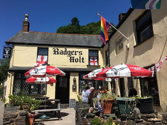 Badgers holt pub