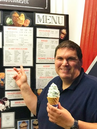 Pataskala, Ohio: Over 24 Flavors of Soft Serve to choose from!