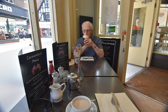 Carwardine`s : Dad enjoys his lunchtime beer