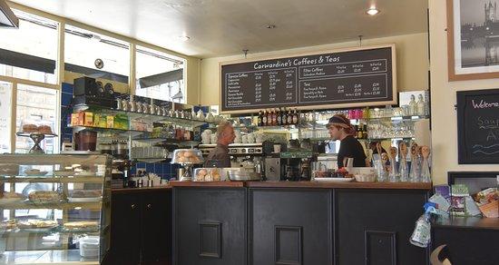 Carwardine`s : Well stocked bar & friendly staff