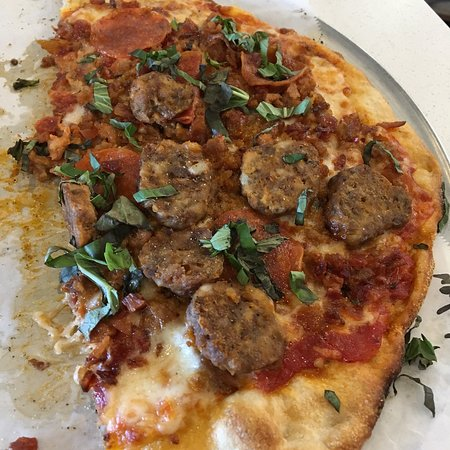 Severna Park, MD: Maximus pizza