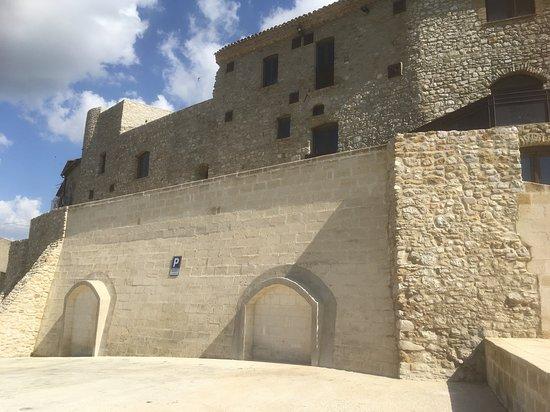 La portella: Parcheggio riservato alla struttura