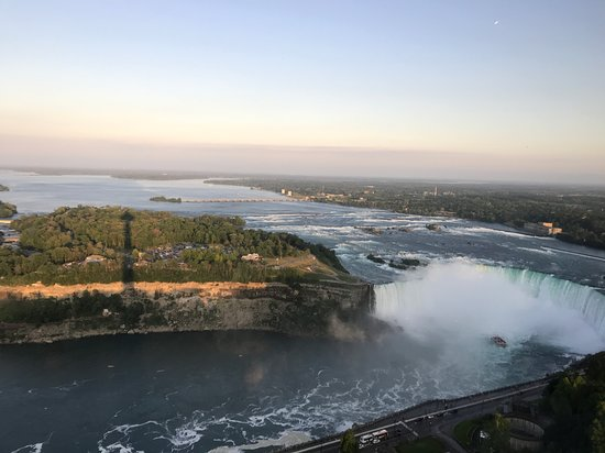 Skylon Tower Revolving Dining Room照片