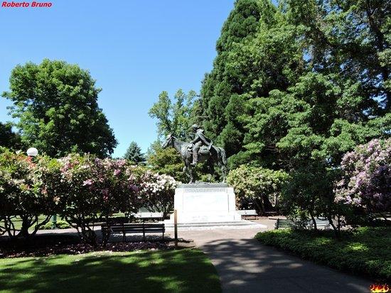 Oregon State Capitol: Parco