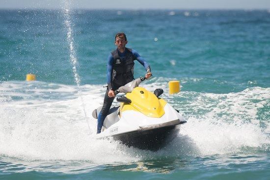 Funny Beach Marbella: Motos de agua alquiler Funny Beach