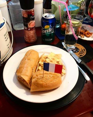 La Vitrola: Le sandwich au poulet