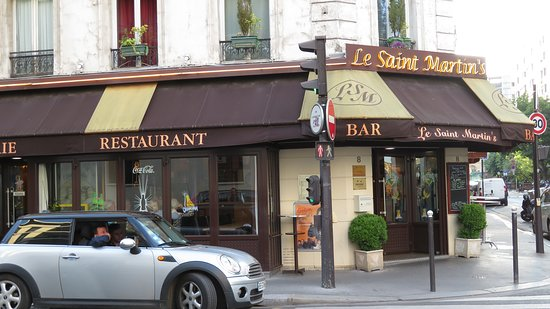 Le Saint-Martin's: View from across the street