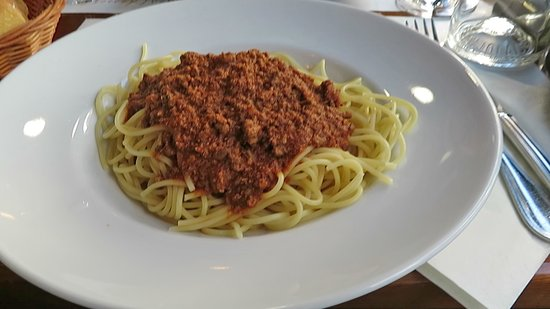 Le Saint-Martin's: Spaghetti, not recommended.