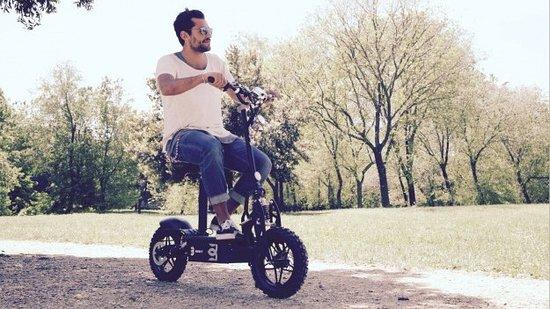 Rent Hire Electric Scooter in Maspalomas Bici Bike Vintage