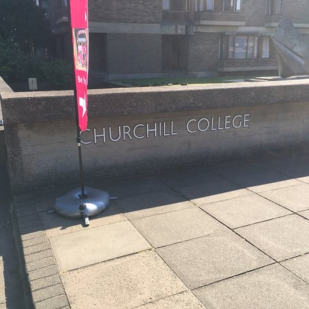 Churchill College照片