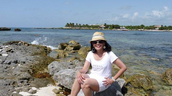 Grand Sirenis Riviera Maya Resort: members only beach