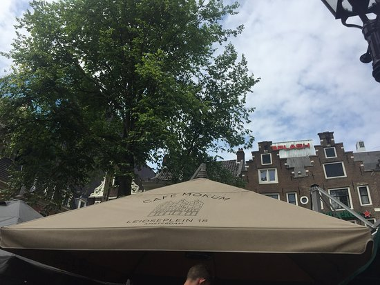 Cafe Mokum : tent cover with cafe's name