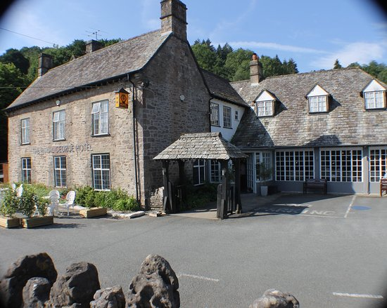 The Royal George Hotel & Restaurant: The Royal George Tintern