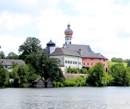 Kloster Hoeglwoerth: Kloster Höglwörth
