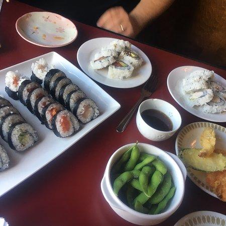 Nikko Sushi Japanese Restaurant: photo0.jpg