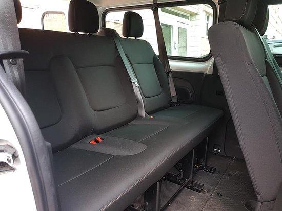 Les Ecrennes, Γαλλία: Nouveau chez VCD véhicule transportent jusqu'a  8 passagers avec Grand coffre