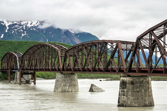 McCarthy River Tours & Outfitters - Day Tours: The Million Dollar Bridge | Copper River