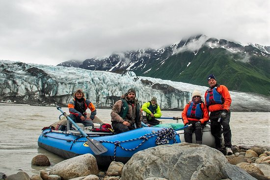 McCarthy River Tours & Outfitters - Day Tours: Childs Glacier on the Copper River