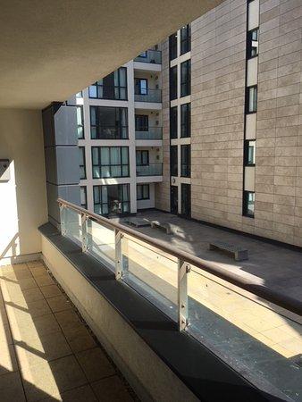 Staycity Aparthotels Liverpool - Duke Street: balcony
