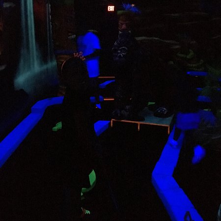 Shotz Lazer Tag & Miniature Golf