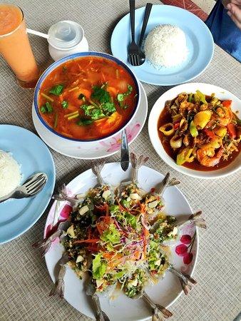 Tukta Thai Food: IMG_-ep6cga_large.jpg