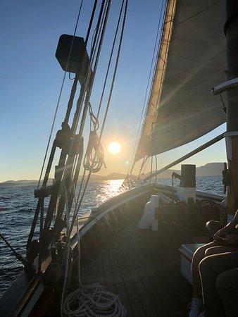 Schooner Appledore II Windjammer Cruise: Great sunset cruise