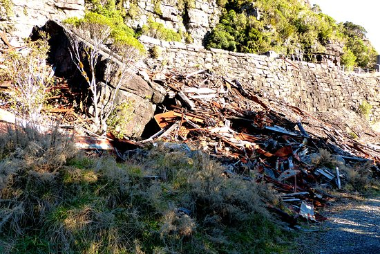 Denniston, نيوزيلندا: Any old iron?