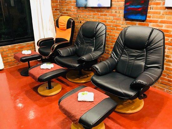 Ping Nara Massage: we have  foot reflexology