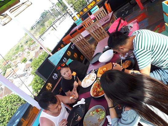 Mama Chew 360 Rooftop Jimbaran Bali照片