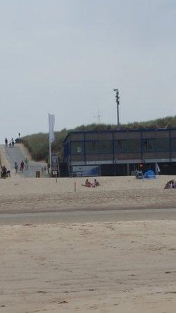 Strandpaviljoen Lage Duintjes