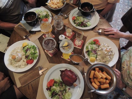 Bij Boeres - Herberg in de Ster: This is all traditional meals found in Belgium, and they are so good!!