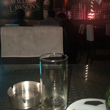 Hookah and Beer - Picture of China White's, Kolkata