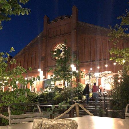 Stone Brewing World Bistro & Gardens - Berlin照片