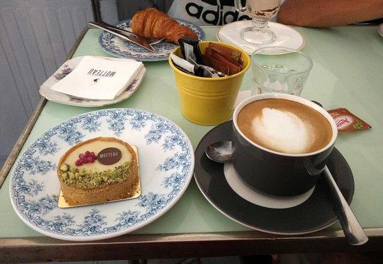 Motteau: non una colazione ma...La Colazione