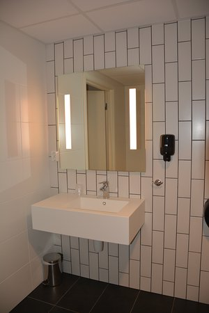 Citybox Bergen: Bathroom