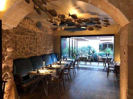 Tess de Mar: Interieur restaurant